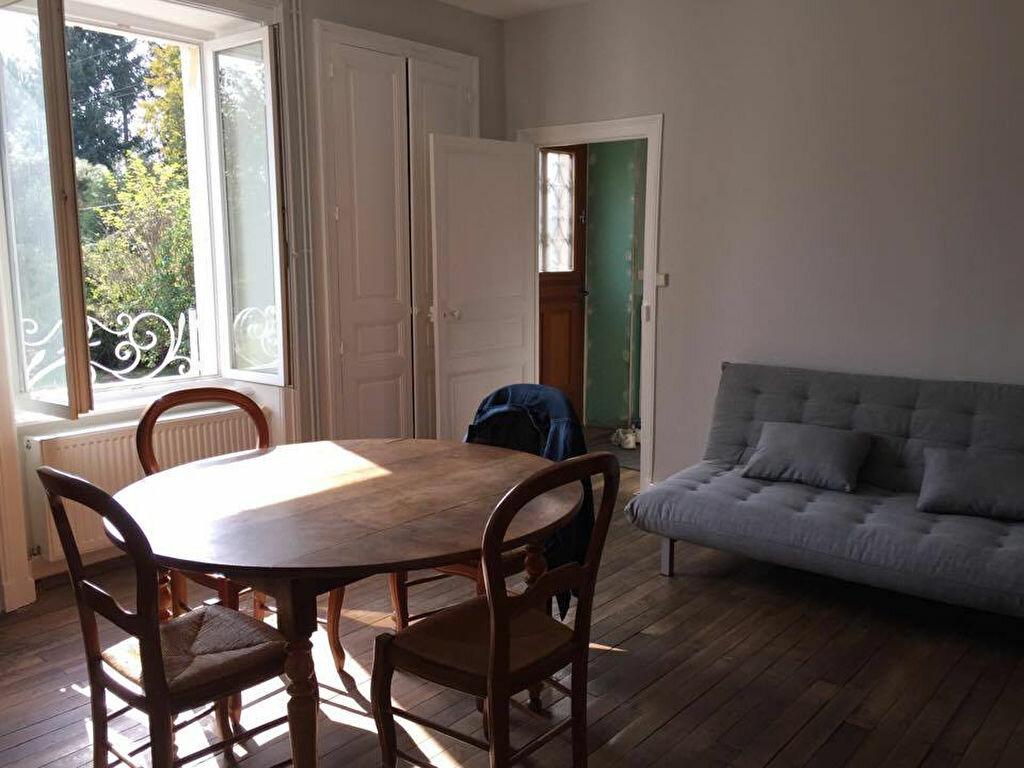 Achat Maison 6 pièces à Saint-Junien - vignette-8