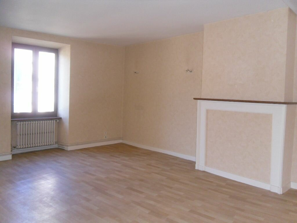 Location Appartement 2 pièces à Saint-Junien - vignette-3