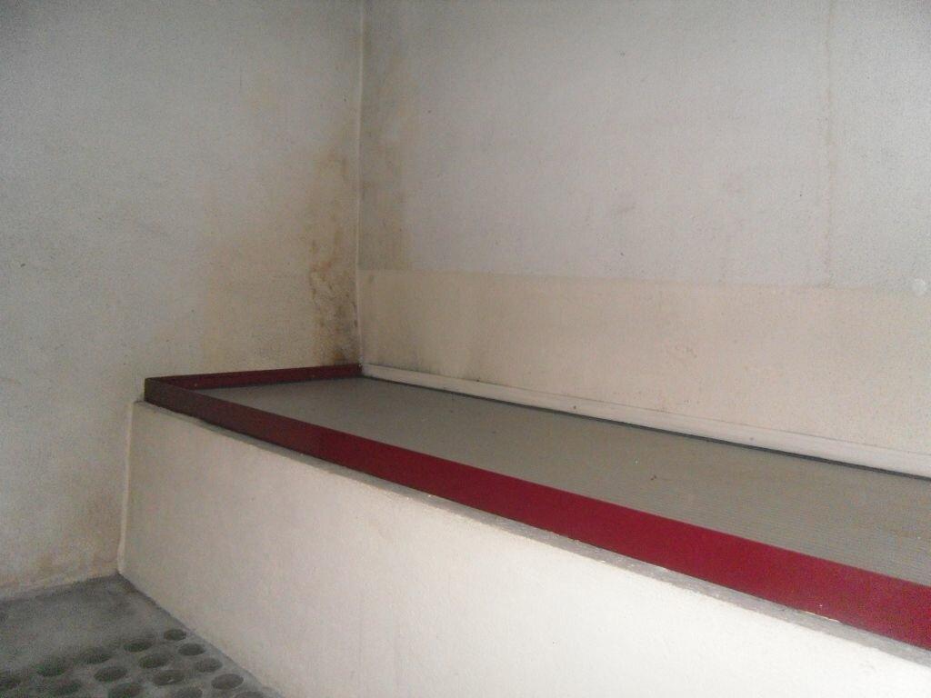 Location Appartement 2 pièces à Saint-Junien - vignette-9