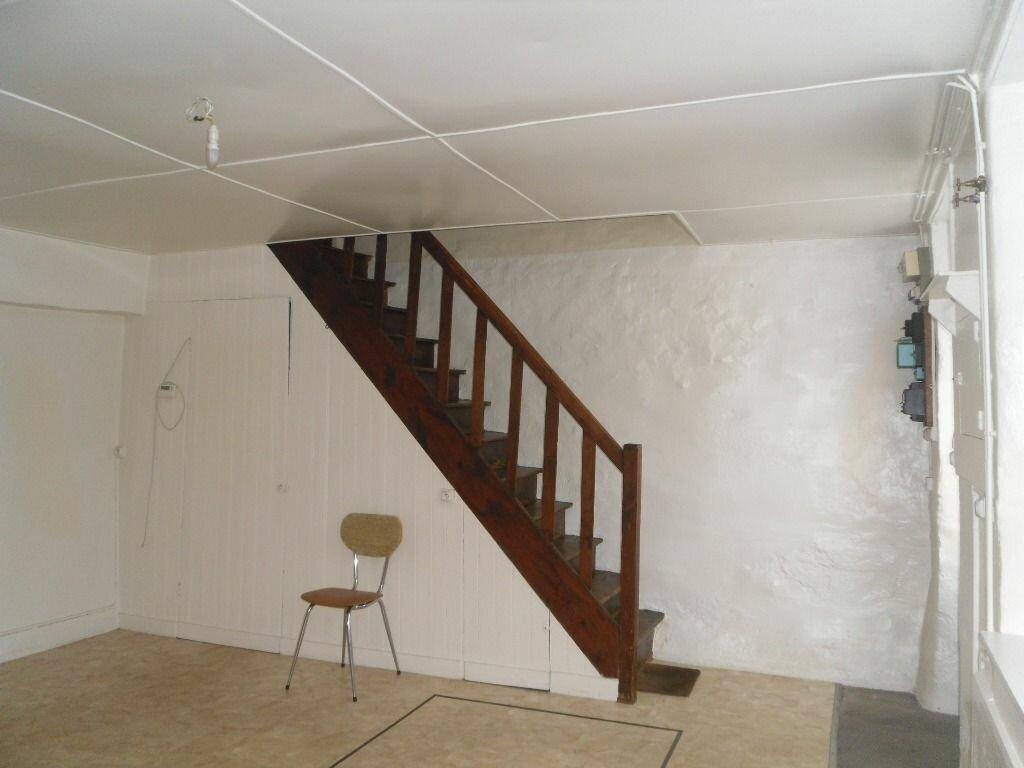 Location Maison 2 pièces à Saillat-sur-Vienne - vignette-5