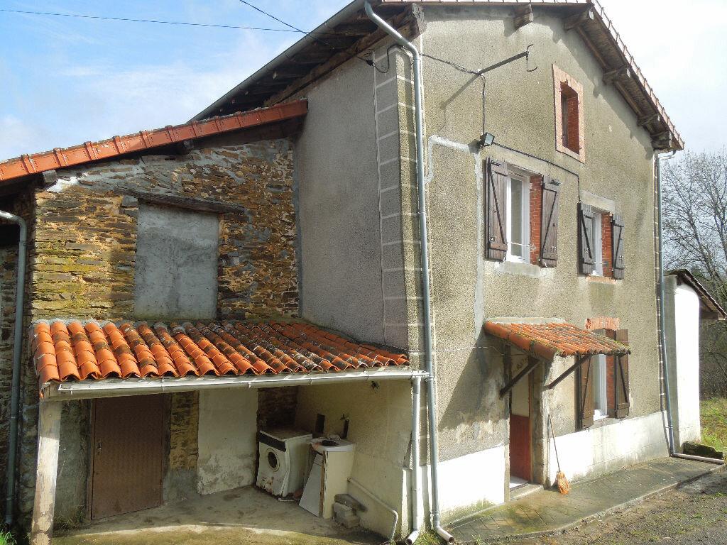 Achat Maison 4 pièces à Chaillac-sur-Vienne - vignette-1