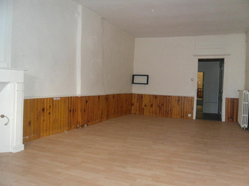 Achat Immeuble  à Saint-Junien - vignette-2