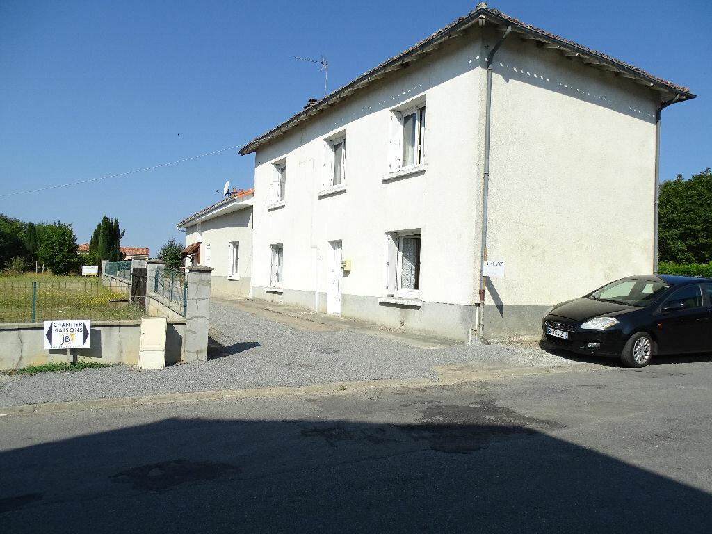 Achat Maison 4 pièces à Saint-Junien - vignette-1