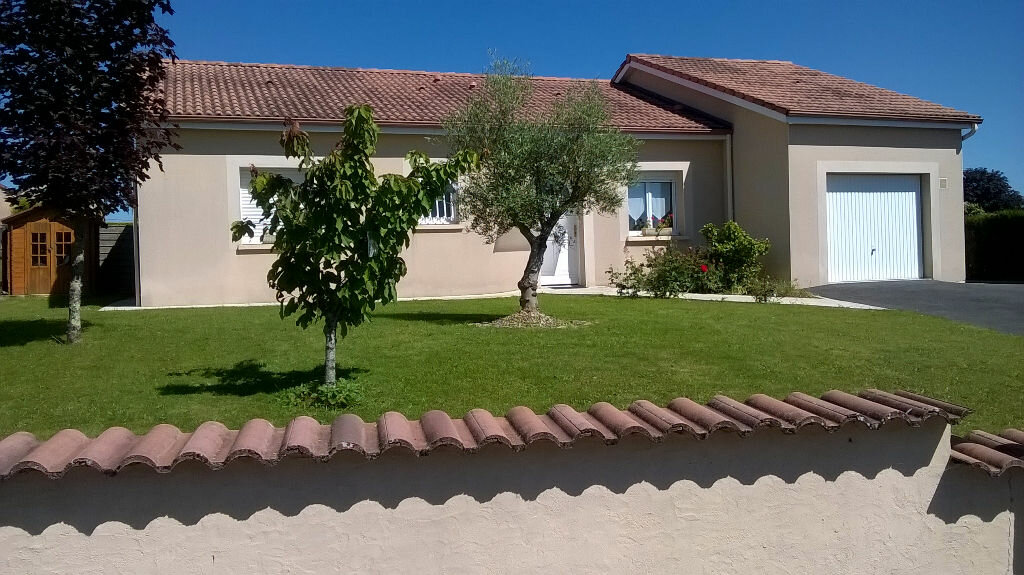 Achat Maison 4 pièces à Oradour-sur-Glane - vignette-1