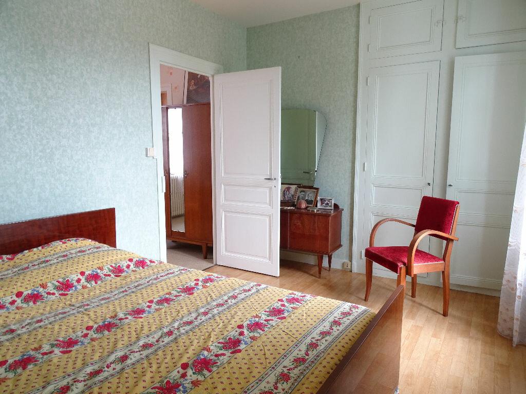 Achat Maison 5 pièces à Saint-Junien - vignette-9