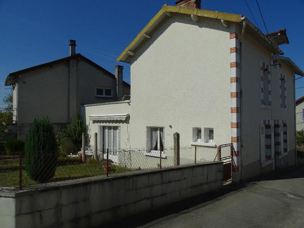 Achat Maison 5 pièces à Saint-Junien - vignette-10