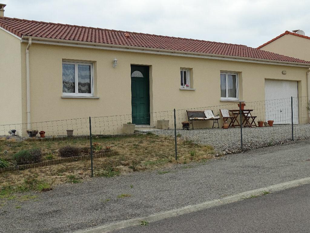 Achat Maison 5 pièces à Saint-Junien - vignette-3