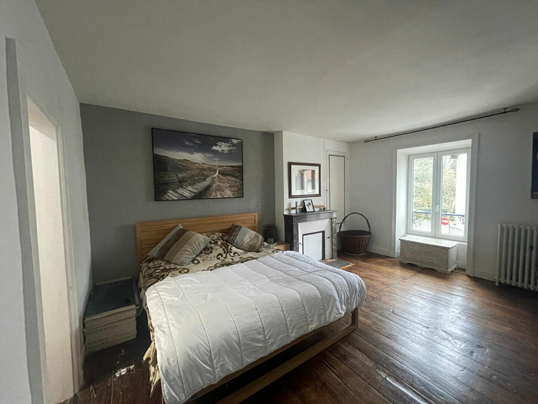 Achat Maison 7 pièces à Saint-Junien - vignette-6