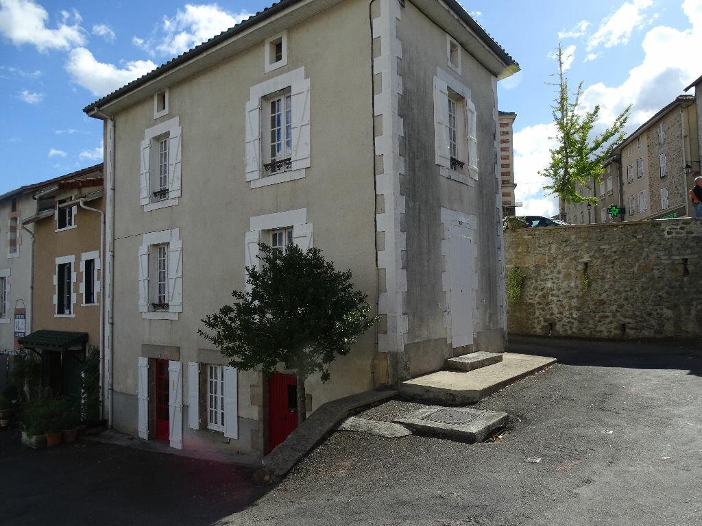 Achat Maison 3 pièces à Rochechouart - vignette-1