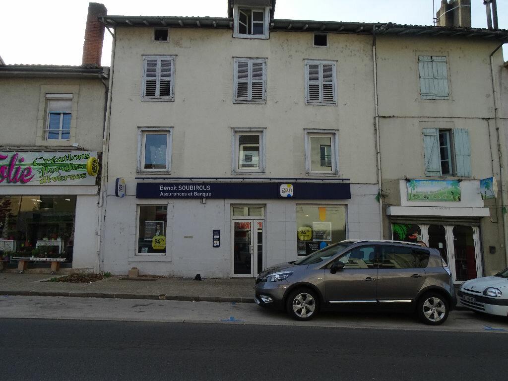 Location Local commercial  à Saint-Junien - vignette-1