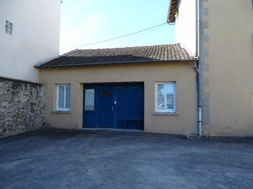 Location Local commercial  à Saint-Junien - vignette-16