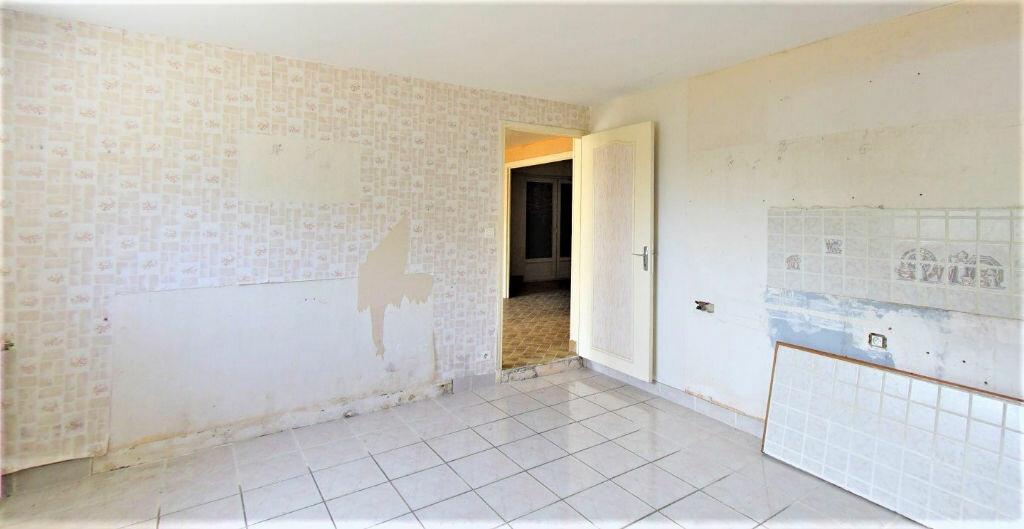 Achat Maison 6 pièces à Saint-Junien - vignette-6