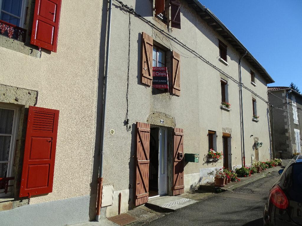 Achat Maison 4 pièces à Chabanais - vignette-1
