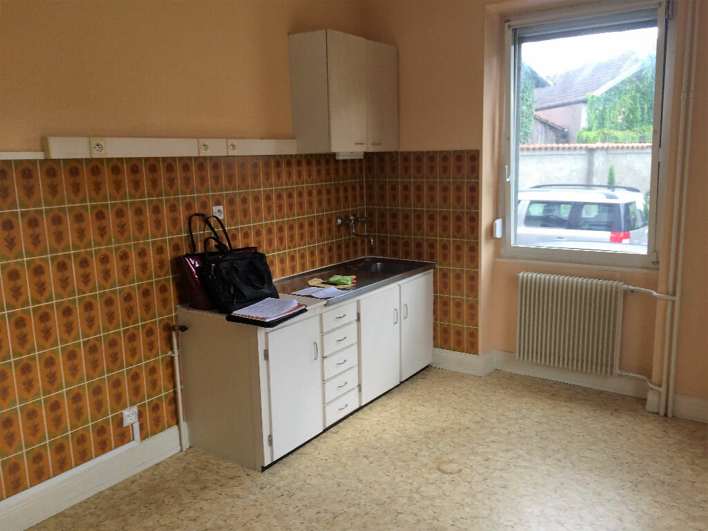 Location Appartement 2 pièces à Illkirch-Graffenstaden - vignette-3