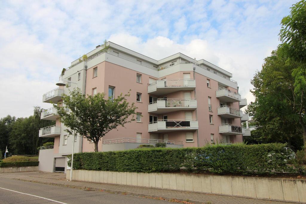 Achat Appartement 4 pièces à Illkirch-Graffenstaden - vignette-3
