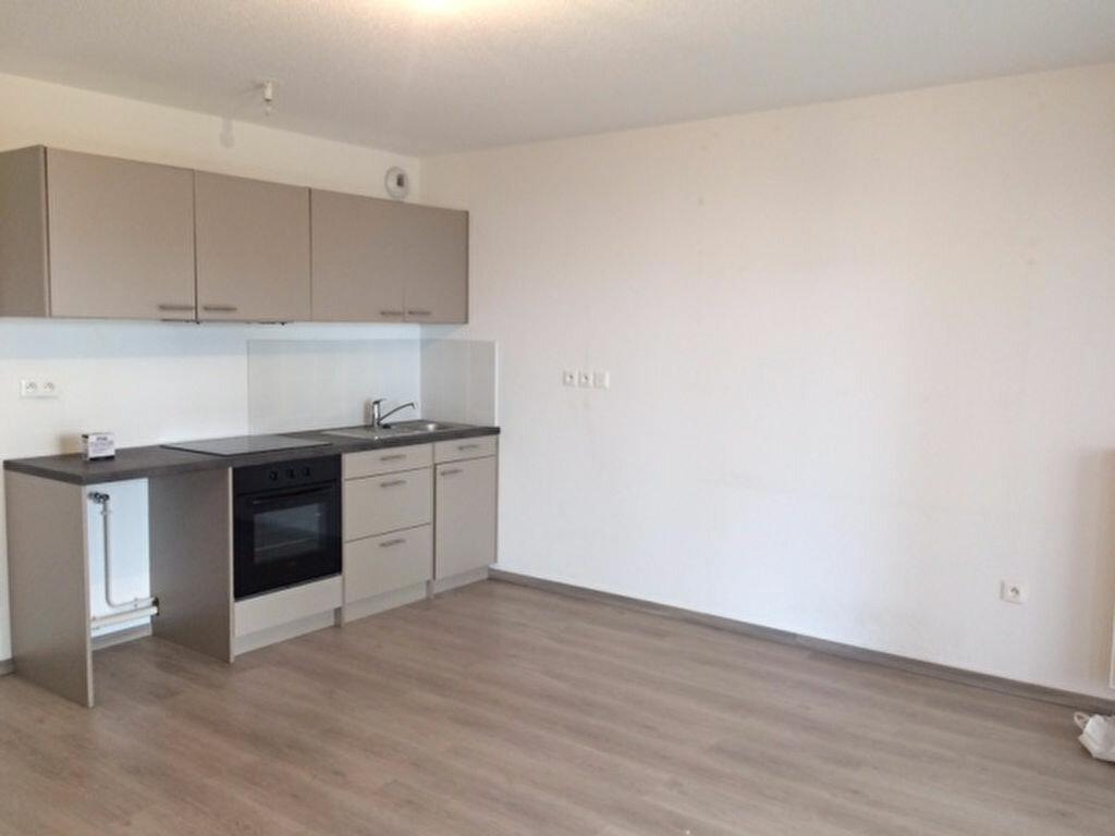 Location Appartement 1 pièce à Oberhausbergen - vignette-1