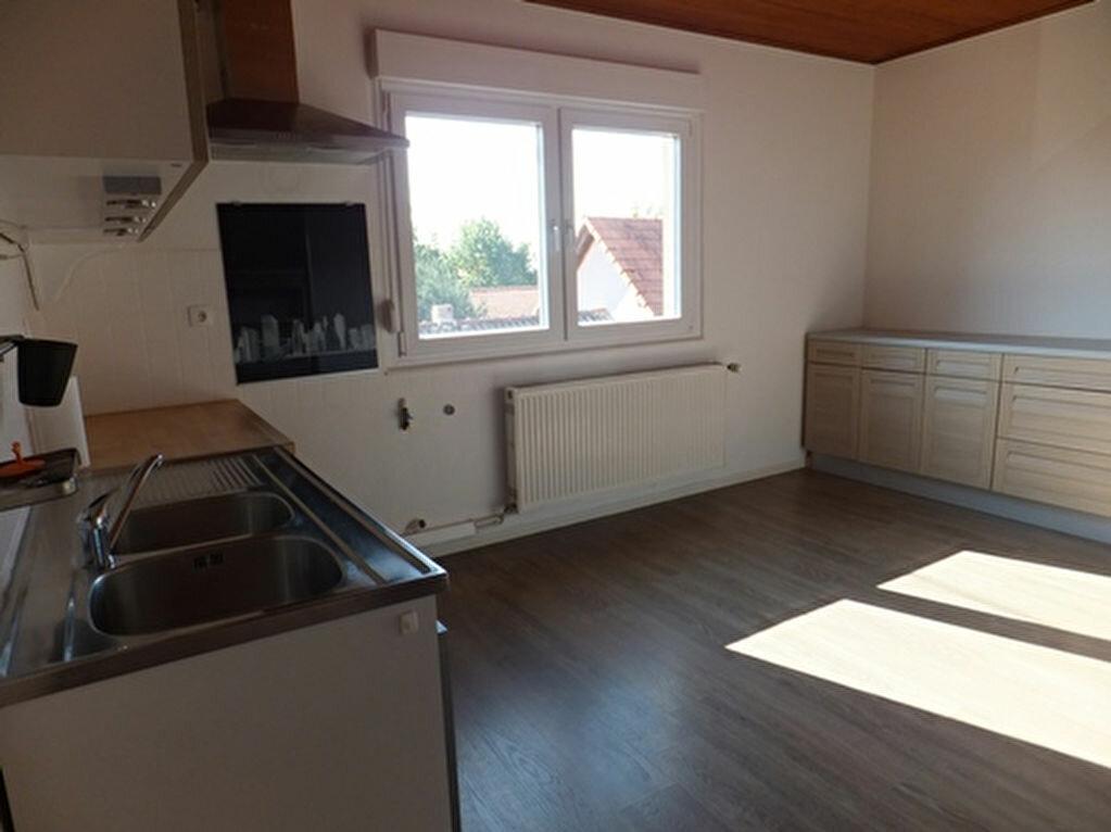 Location Appartement 3 pièces à Hegeney - vignette-3
