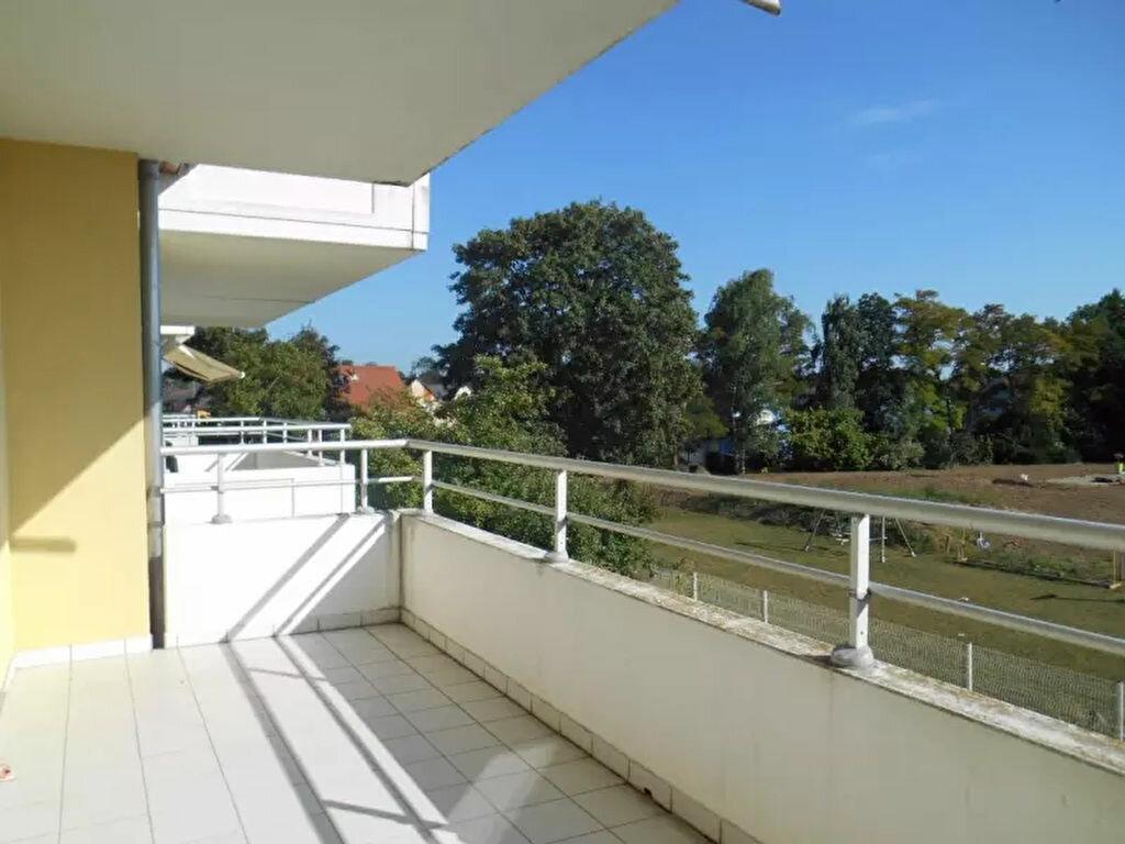 Location Appartement 4 pièces à Huttenheim - vignette-1
