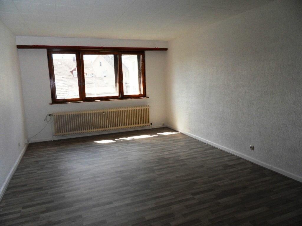 Location Appartement 3 pièces à Eckbolsheim - vignette-1