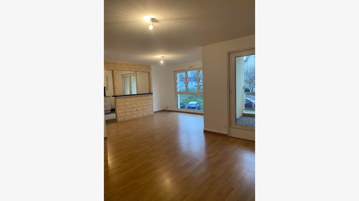 Location Appartement 4 pièces à Souffelweyersheim - vignette-1