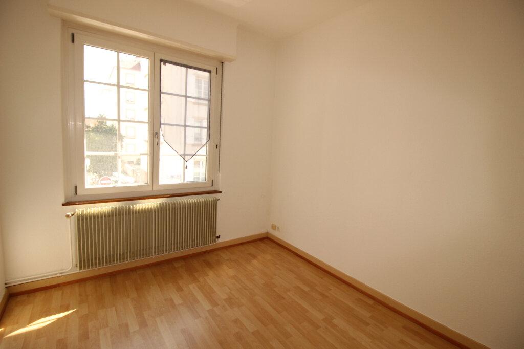 Location Appartement 4 pièces à Strasbourg - vignette-4