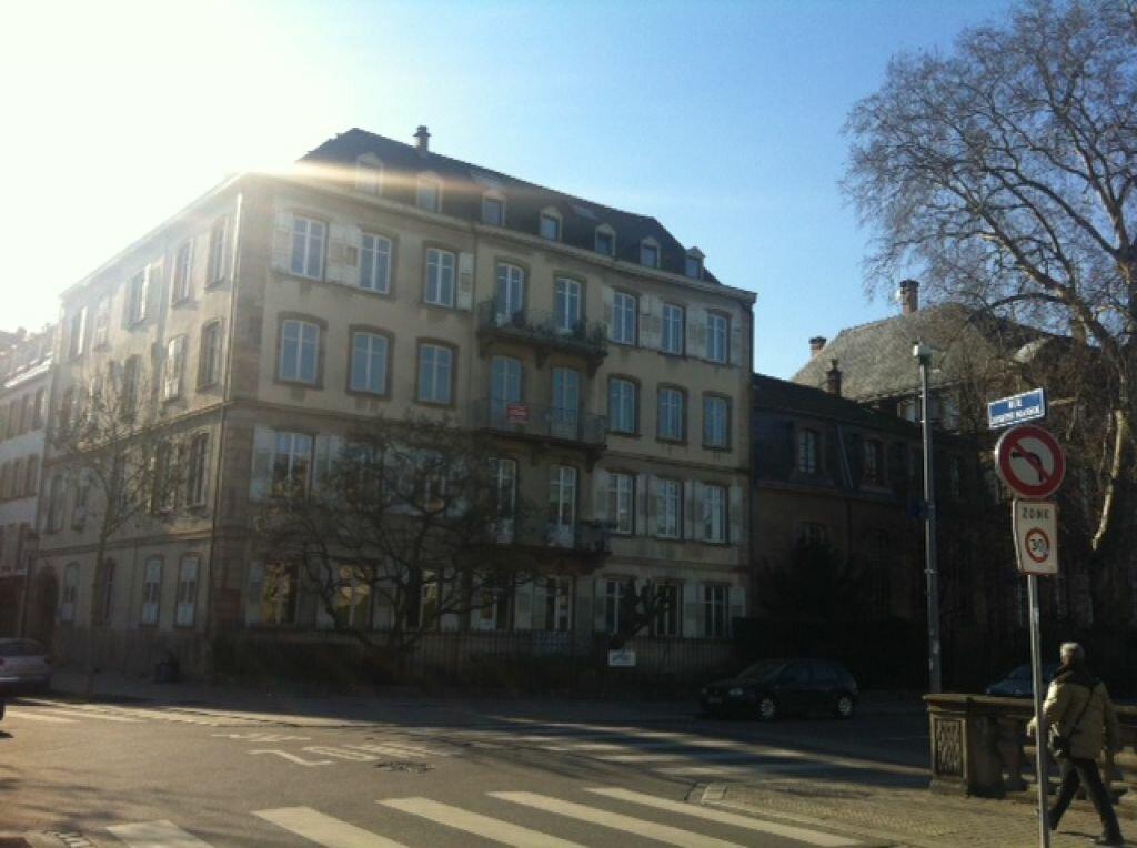 Location Appartement 6 pièces à Strasbourg - vignette-1