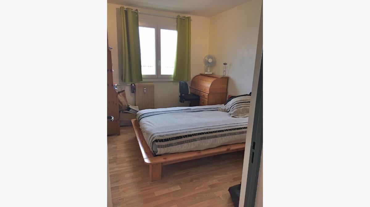 Location Appartement 4 pièces à Strasbourg - vignette-3