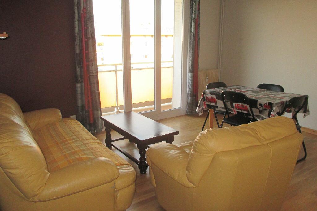 Location Appartement 4 pièces à Strasbourg - vignette-7
