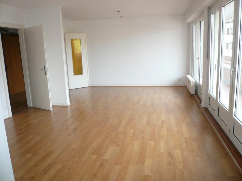 Location Appartement 5 pièces à Strasbourg - vignette-1