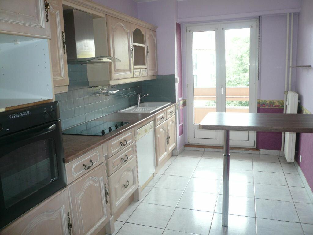 Location Appartement 5 pièces à Strasbourg - vignette-2
