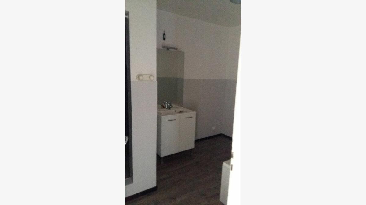 Location Appartement 5 pièces à Strasbourg - vignette-6