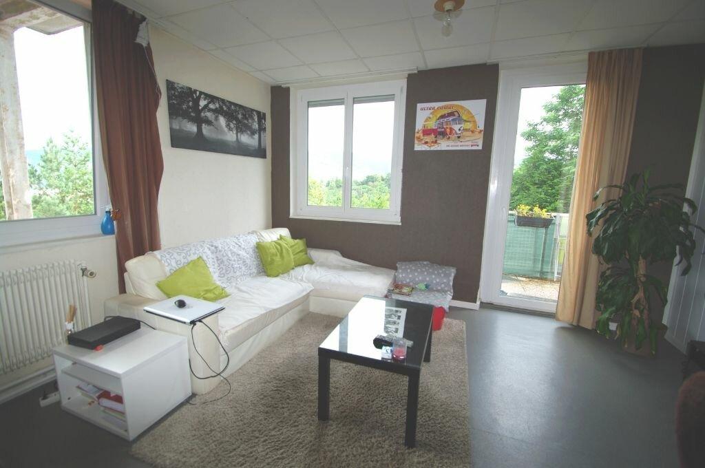 Location Appartement 3 pièces à Lutzelhouse - vignette-1