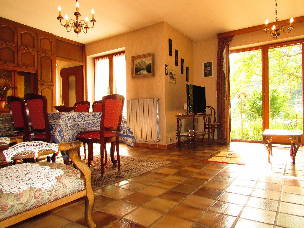 Achat Maison 8 pièces à Rombach-le-Franc - vignette-4