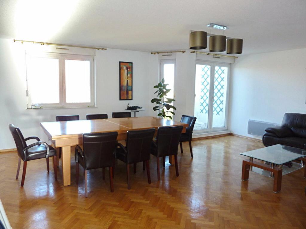 Achat Appartement 5 pièces à Strasbourg - vignette-1