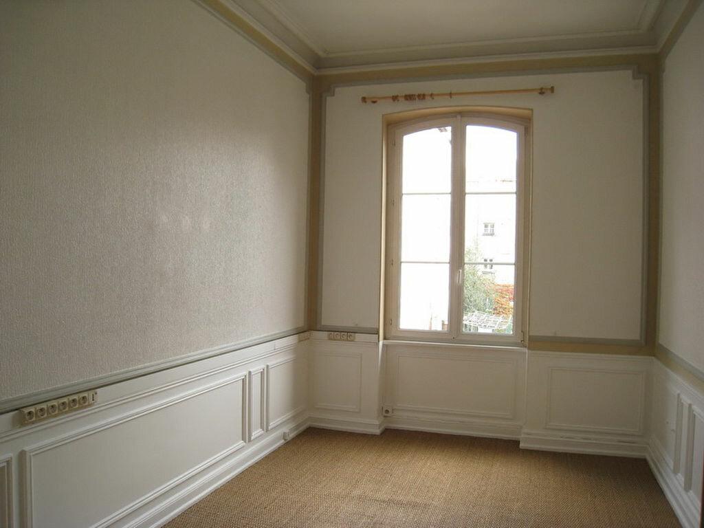 Location Appartement 7 pièces à Strasbourg - vignette-7