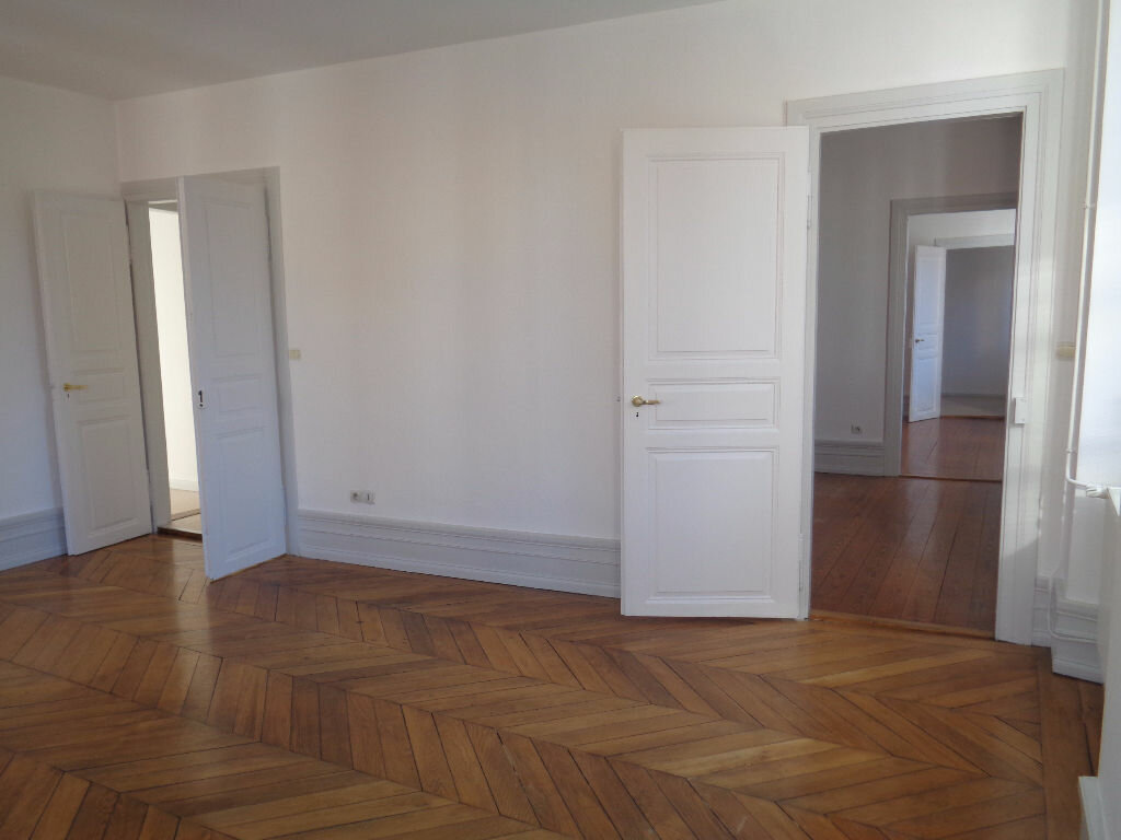 Location Appartement 4 pièces à Obernai - vignette-1