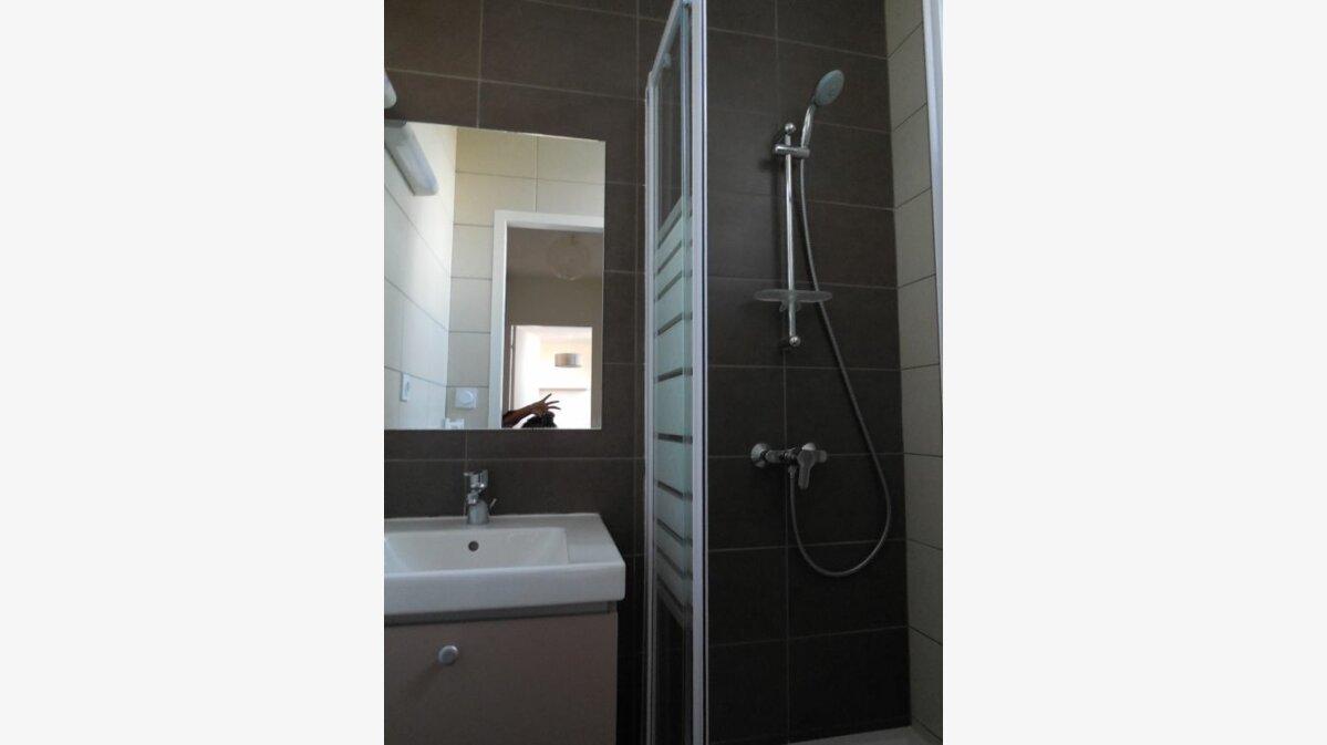 Location Appartement 3 pièces à Saint-Quay-Perros - vignette-3