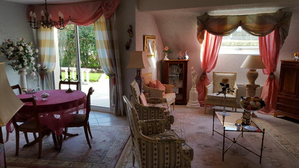 Achat Maison 7 pièces à Louannec - vignette-2