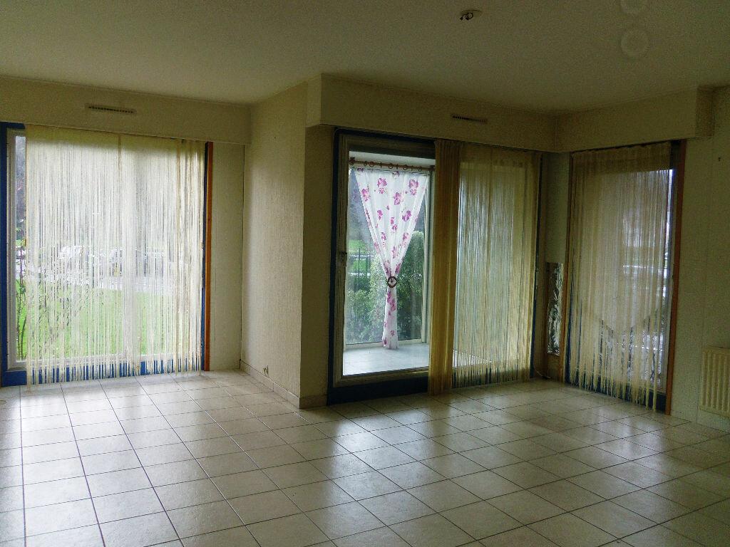 Achat Appartement 3 pièces à Lannion - vignette-3