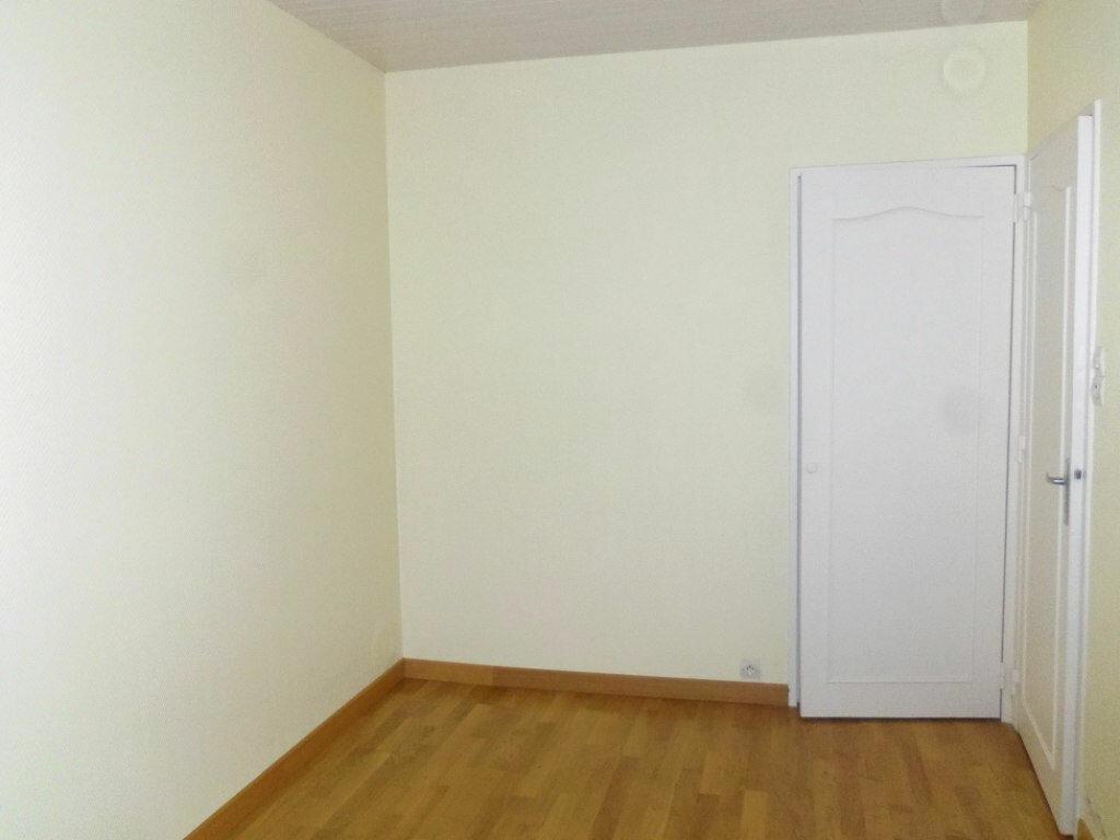 Achat Appartement 3 pièces à Lannion - vignette-4