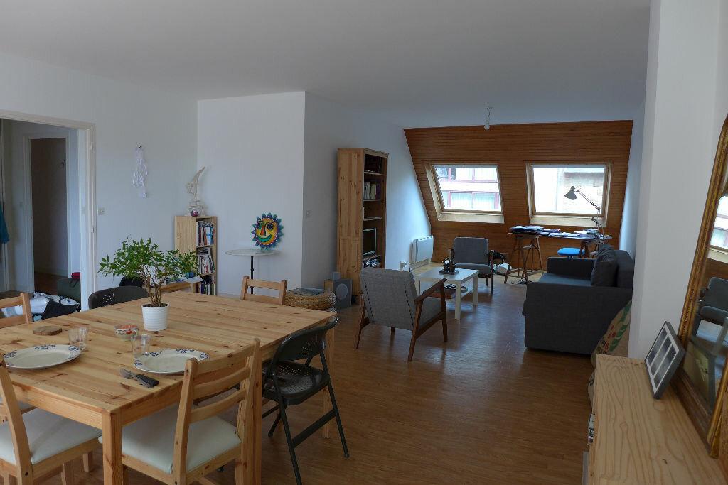 Location Appartement 4 pièces à Perros-Guirec - vignette-1