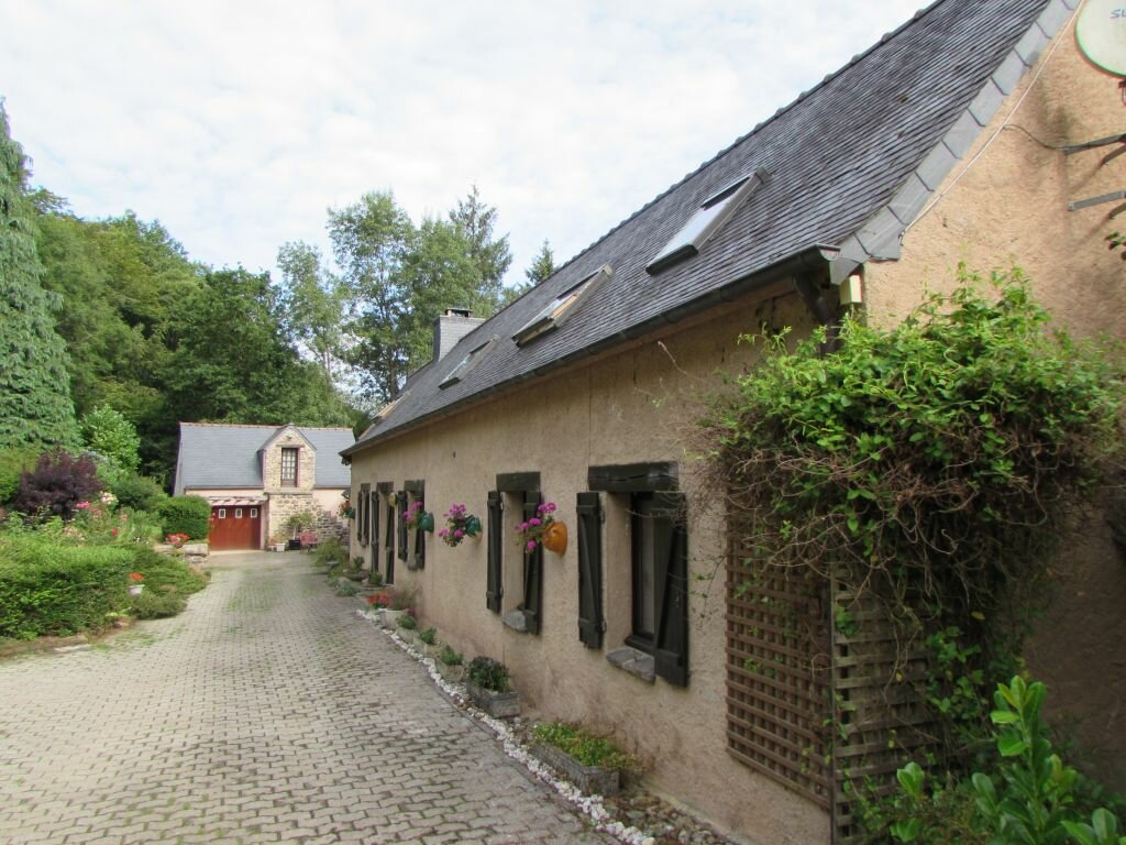 Achat Maison 7 pièces à Plouégat-Guérand - vignette-1