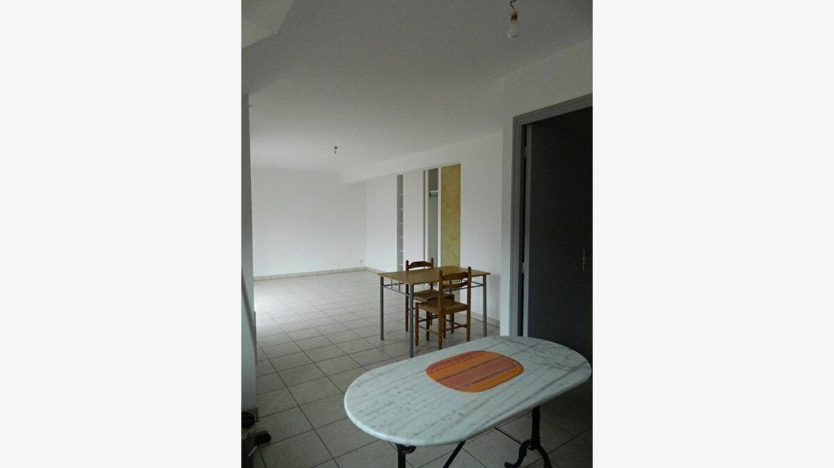 Location Appartement 3 pièces à Lannion - vignette-7