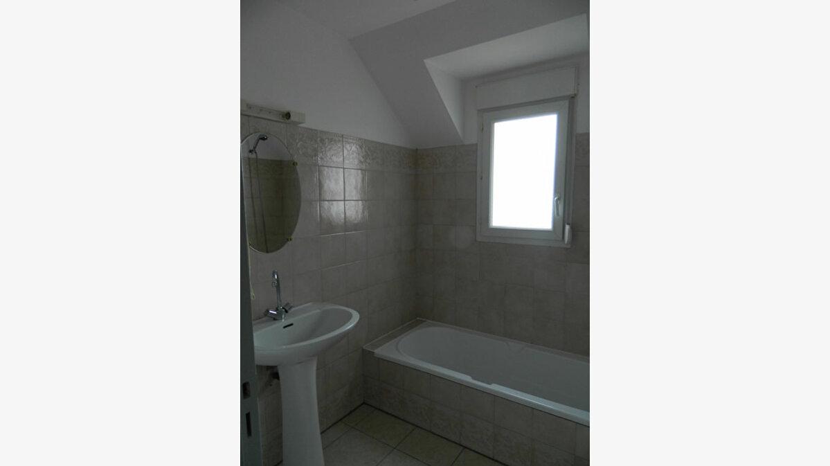 Location Appartement 3 pièces à Lannion - vignette-8