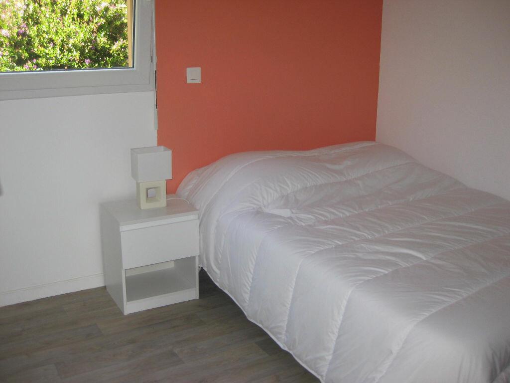Location Maison 3 pièces à Saint-Quay-Perros - vignette-4