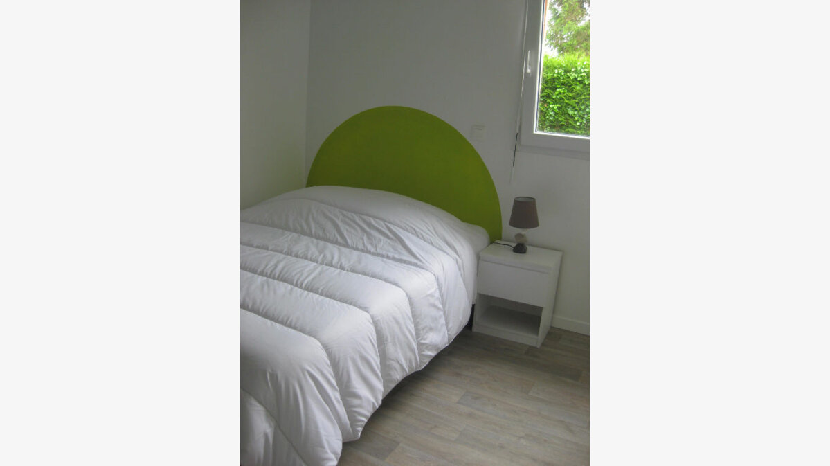 Location Maison 3 pièces à Saint-Quay-Perros - vignette-5