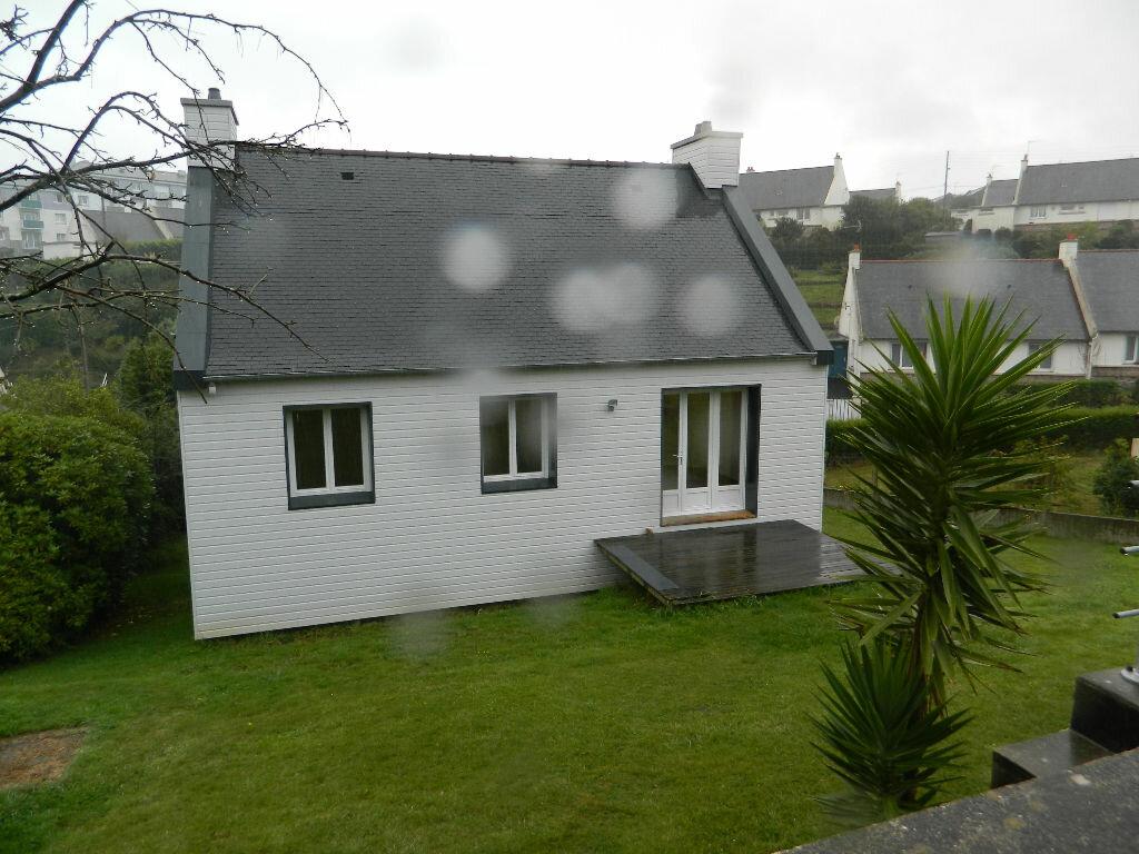 Location Maison 5 pièces à Perros-Guirec - vignette-1