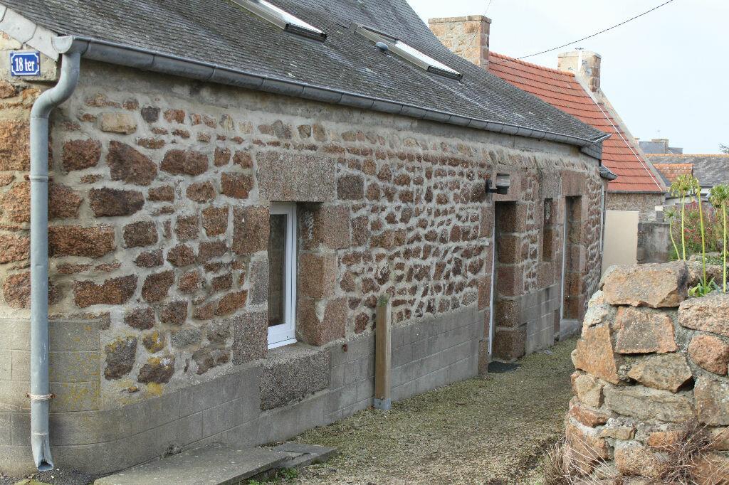 Location Maison 2 pièces à Perros-Guirec - vignette-1