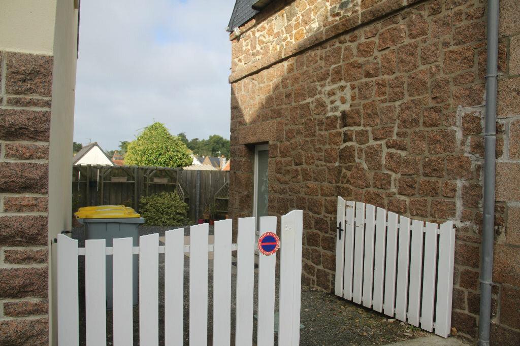 Location Maison 3 pièces à Perros-Guirec - vignette-2