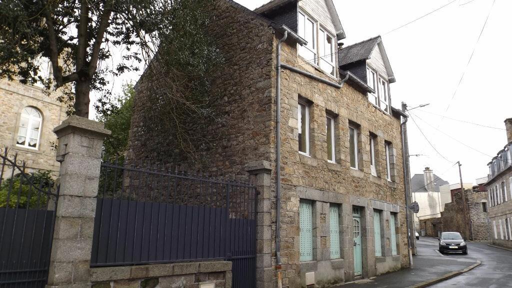 Achat Immeuble  à Guingamp - vignette-1